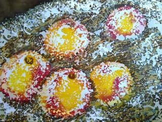 """Работа Натальи Ишутиной """"Яблоки на снегу"""", хлопок, горячий батик, 80х60 см, 2017 г"""