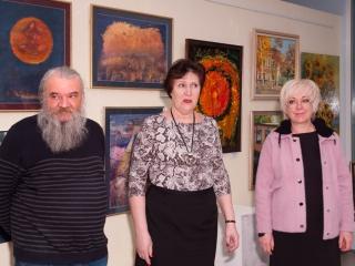 Выставку открывают Юлий Колесник, Татьяна Казакова и Натали Александрова