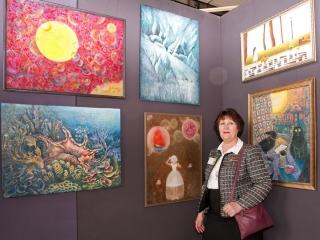 Татьяна Казакова со своими работами