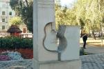 Памятник В. Высоцкому в г. Самаре